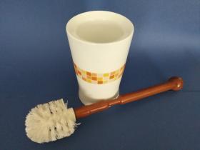 Accesorios baño en madera y porcelana 164 - Escobillero suelo Europa
