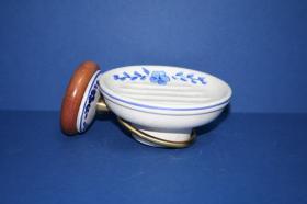 Accesorios baño en madera y porcelana 272 - Portadosificador pared Novechento