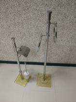 Conjunto de toallero y portarrrollos escobillero de pie 31 - Conjunto toallero y portarrollos escobillero  Crisol travert