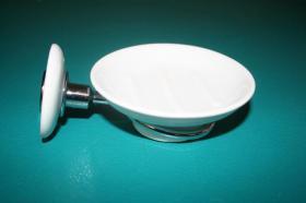 Accesorios baño en latón y porcelana 1036 - Portajabonera pared Neos