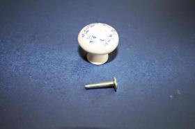 Tiradores de muebles 1212 - Tirador porcelana laurel azul