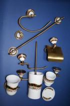 Accesorios de pared Conic  Accesorios baño en latón y porcelana