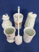 Escobilleros de suelo de porcelana  Escobilleros de suelo